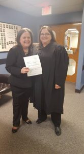 Tarra Simmons and Superior Court Judge Melissa Hemstreet (picture from Kitsap Sun)